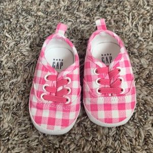 Baby gap 3-6 months shoes